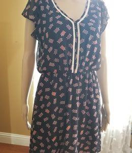 Maison Jules Dresses - Turtle print dress cap sleeve flowy crotchet sz M